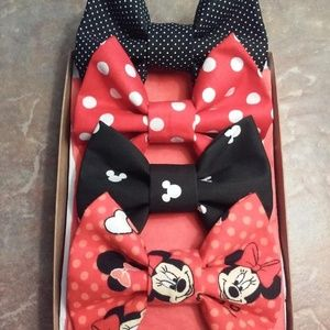 Disney Accessories - Red Minnie Mouse Bow Box